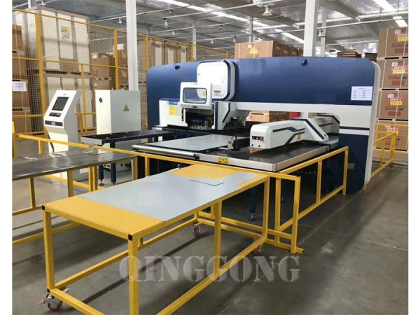mechanical cnc  turret punching press machine 5